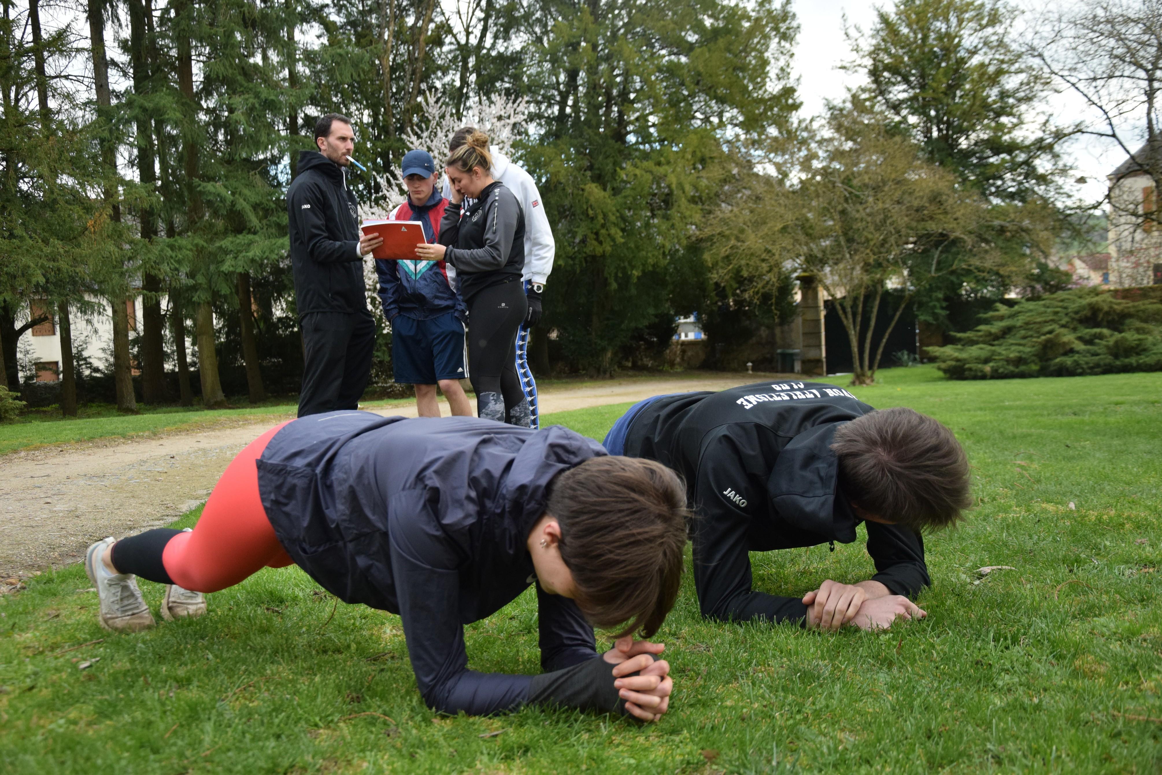 Renforcement musculaire en équipe